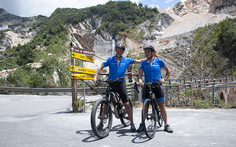 Alle cave in bicicletta